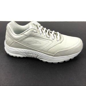 Brooks Dyad Walker Athletic Walking Shoes
